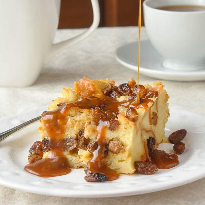 Bread Pudding / Bread Pudding Recipes / best bread pudding recipe / easy bread pudding recipe
