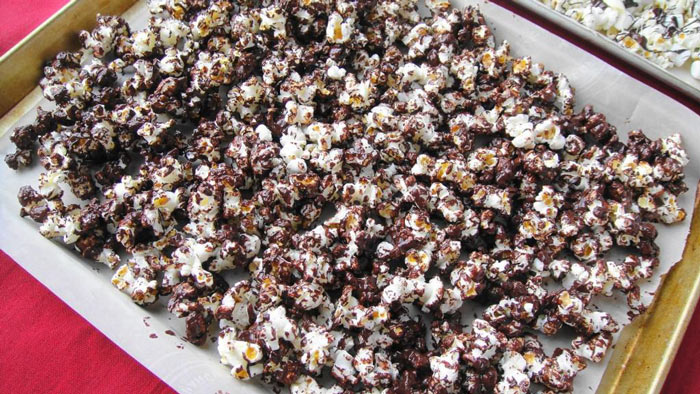 Chocó-Nut Popcorn