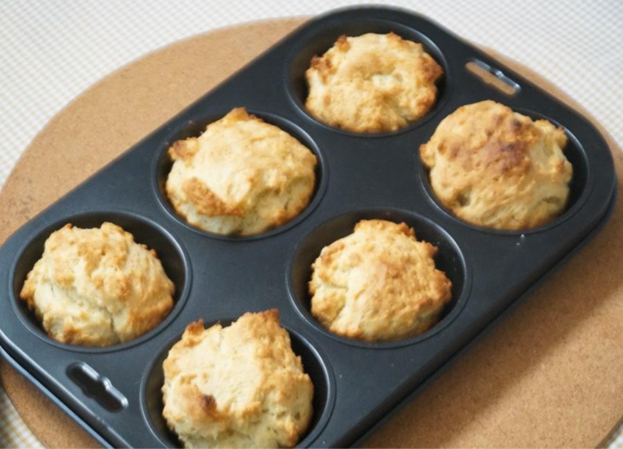 7-Ingredient Biscuit Muffins