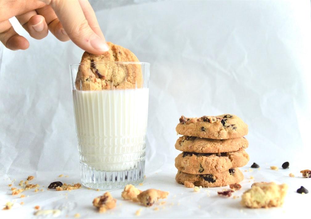 Air-fryer-Chocolate-Chip-Cookies